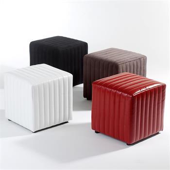 Sitzwürfel in verschiedenen Farben